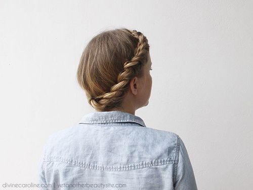 updo torcido casual